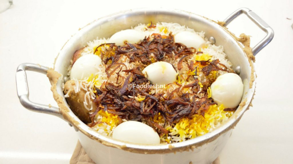 Chicken Biryani Handi- recipe by Foodie's Hut